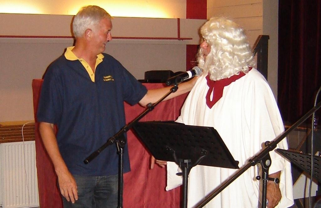 Piet Lauwerijssen tijdens de boekpresentatie van Jaarboek 23 in 2007.  Foto: privéfoto © Internetbode