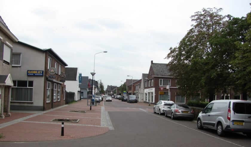 <p>De Dorpsstraat in Sint Willebrord.&nbsp;</p>