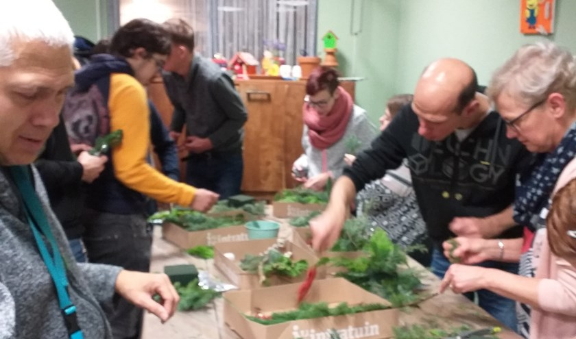 Kansplus volgt een workshop bij een tuincentrum.