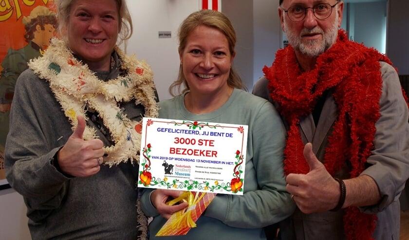 Van links naar rechts Tante Astrid, juf Vanessa en Dirk den Drukker.