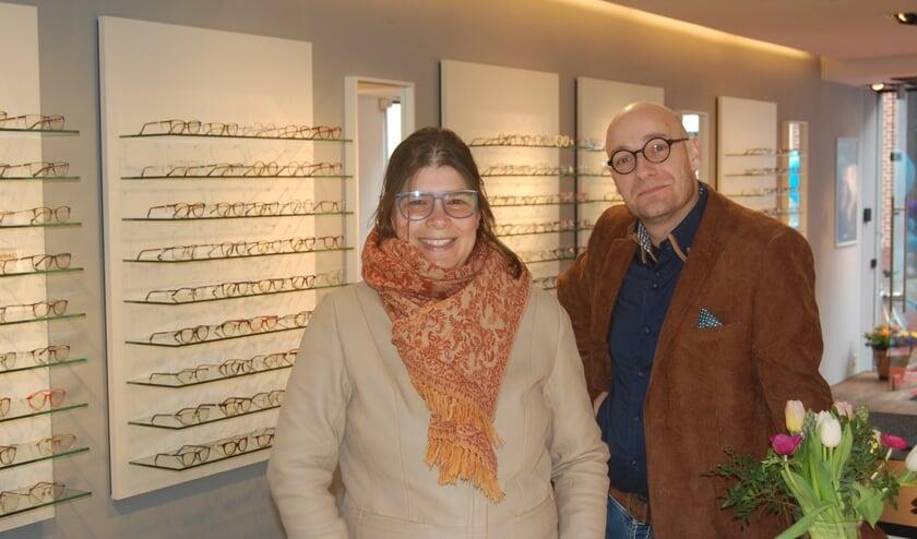 Hans en Tamara Jonker hebben al achttien jaar een optiek in Burgh-Haamstede en breiden nu uit naar Goes.