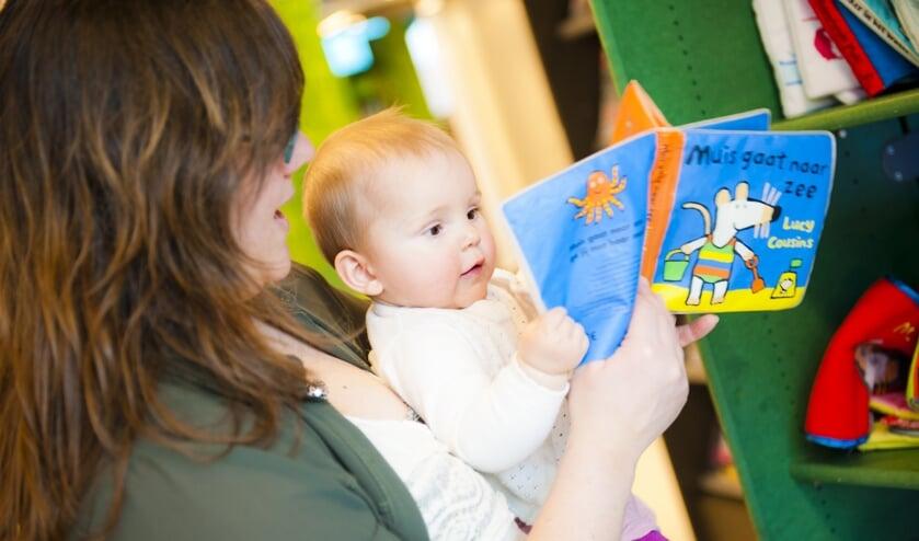 <p>Voorlezen aan je baby</p>