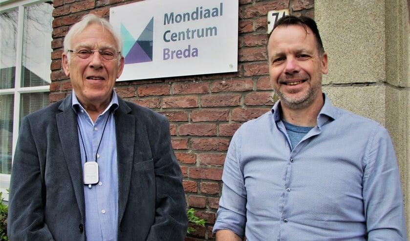 Twee kartrekkers voor de opvang van ongedocumenteerden: Wilbert Willems met links naast hem Vincent Jorritsma.