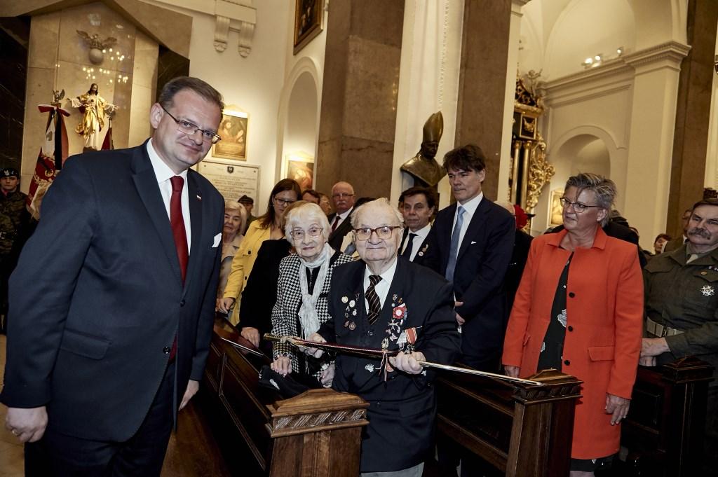 Marianne de Bie, Paul Depla en het echtpaar Slowinski. Foto: Kaska Marcinkiewicz © BredaVandaag