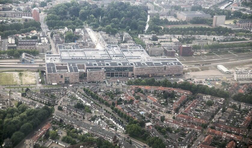 Belcrum, station Breda en park Valkenberg van boven
