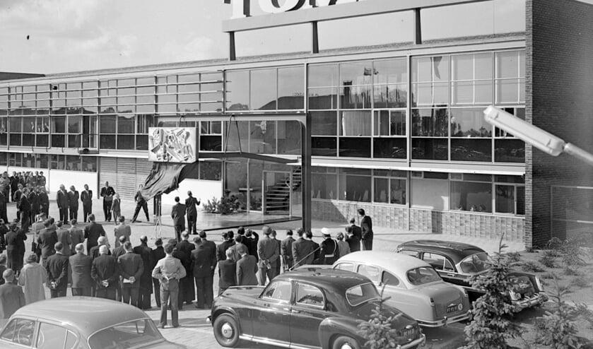 De opening van Tomado in 1955 door Prins Bernard.