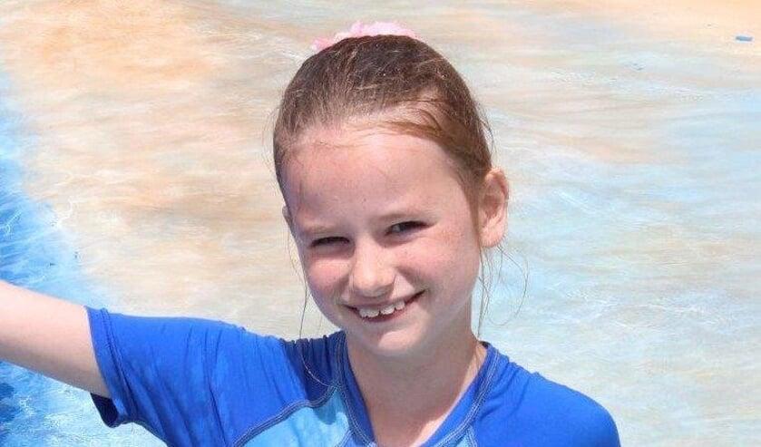 De 9-jarige Louise is al druk met trainen voor de 250 meter