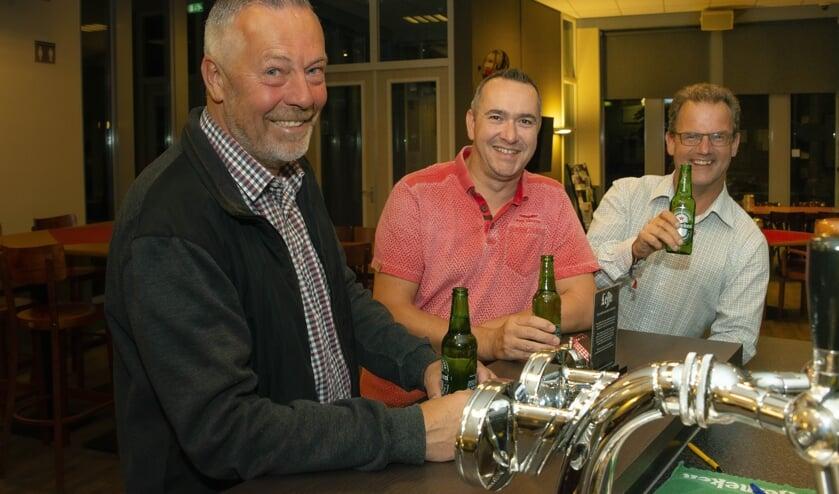 V.l.n.r. Jac van Trijp, Alex Wagemakers en Nicojan Lazeroms willen tijdens St. Jansfeesten ook eens aan bar staan.