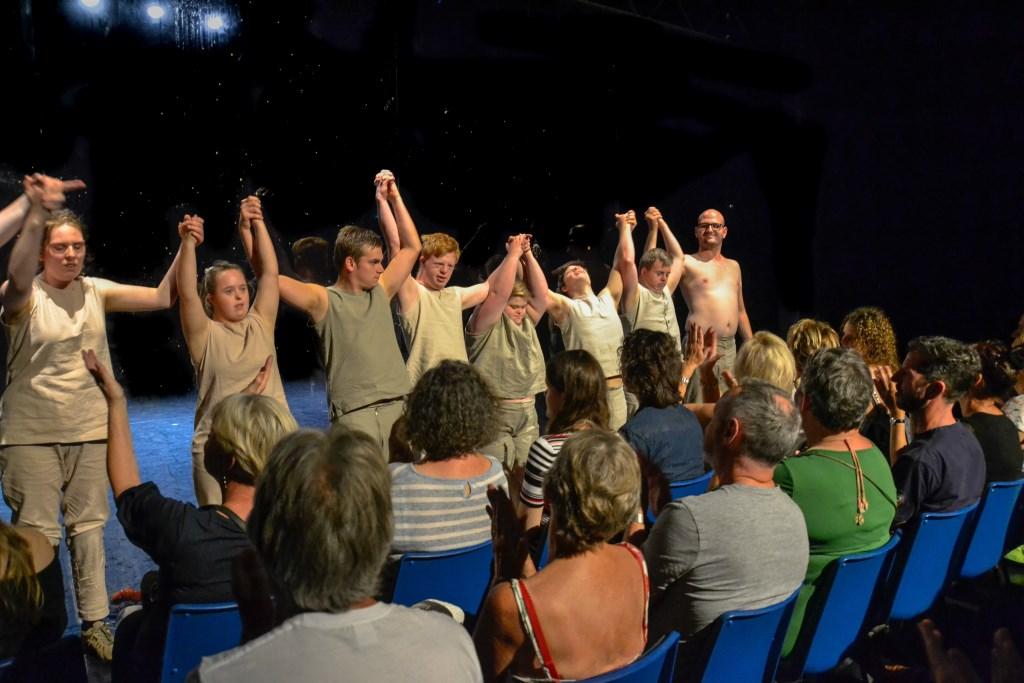 Theaterwerkplaats Tiuru zorgde voor gemixte emoties FOTO'S REMKO VERMUNT  © Internetbode