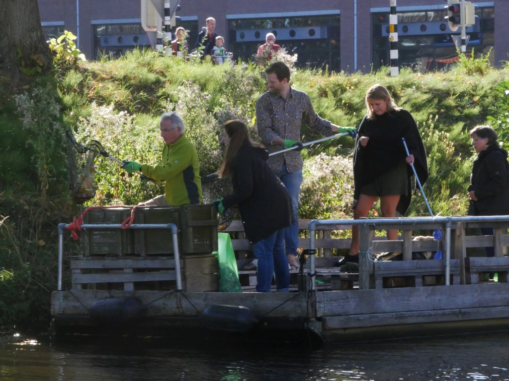 Bredanaren zetten zich in voor een schonere stad.  Foto: Wesley van der Linde/GroenNieuws.nl © BredaVandaag