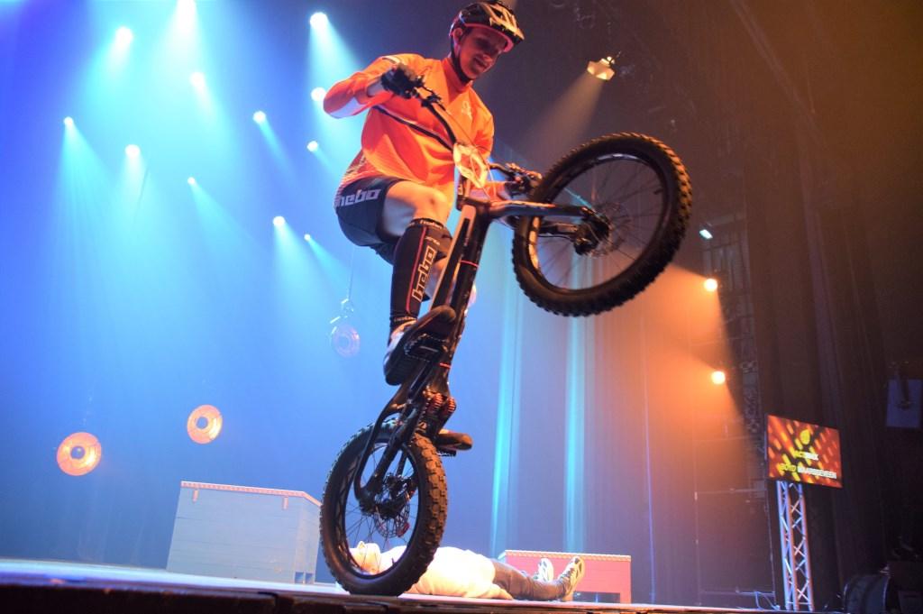 Demonstratie BMX-er Boyd Maarsseveen. FOTO STELLA MARIJNISSEN Foto: Stella Marijnissen © Internetbode