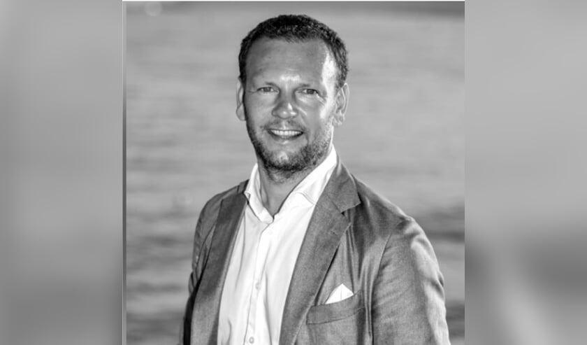 Laurens Simonse komt weer even terug naar zijn geboortegrond om de Zeeuwse Pioniersprijs uit te reiken.