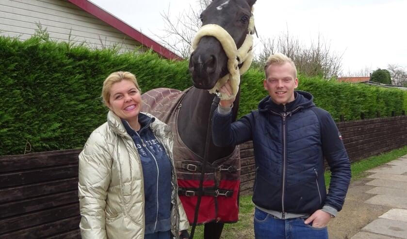 Tanja van der Veeken en Martijn Berrevoets strijden voor De Eendracht. FOTO MARIELJA TEN BRUGGENCATE