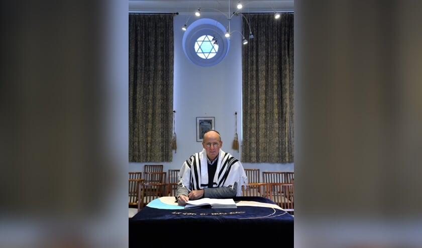 <p>Luuc Smit van de Joodse Gemeente Zeeland.</p>
