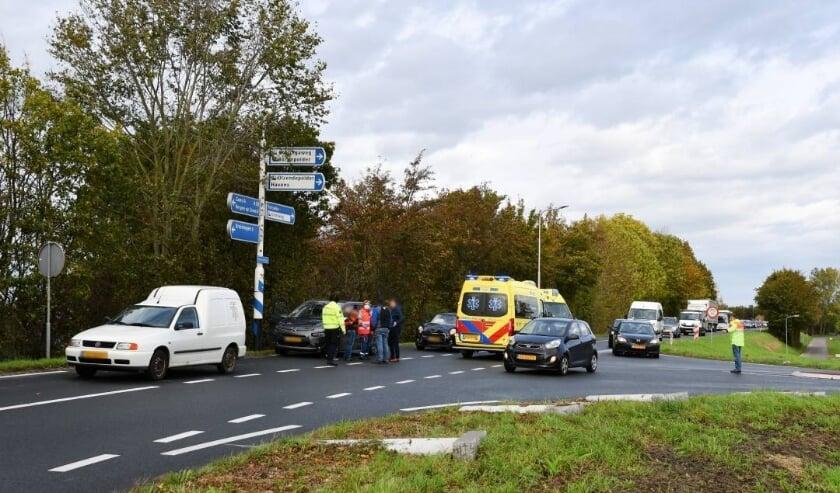 <p>De auto&#39;s botsten op elkaar bij de kruising van de Molendijk met de Molendijkseweg bij Yerseke.</p>