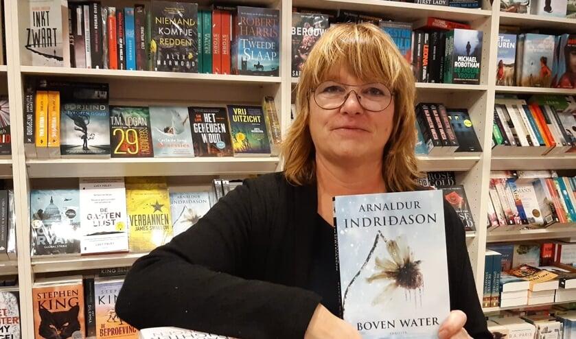 <p>Jacqueline Lamper tipt 'Boven water'.</p>