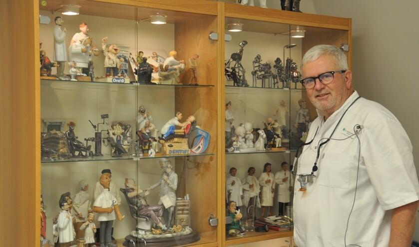 <p>Paul Schoenmakers (72) is al 45 jaar tandarts in Steenbergen.</p>