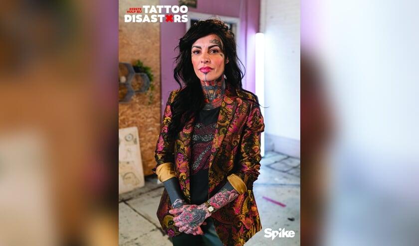 <p>Kristel Met, één van de tatoeëerders van het programma 'Tattoo Disasters'.</p>