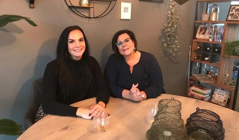 <p>Melanie de Graaf en Lienke Barentsen</p>