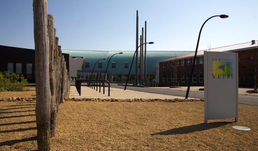 Het gemeentehuis van Veere in Domburg.