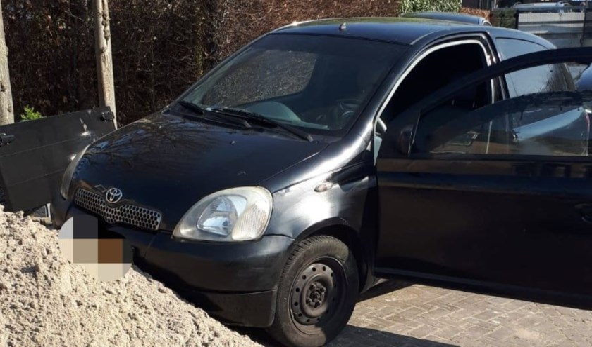 De auto kwam in Etten-Leur tot stilstand.