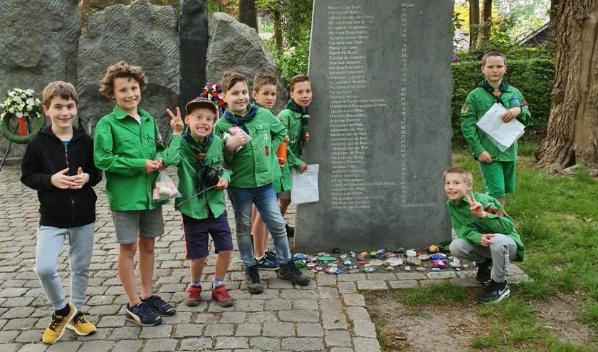 Scouting Hoeven was ook betrokken bij de Dodenherdenking.
