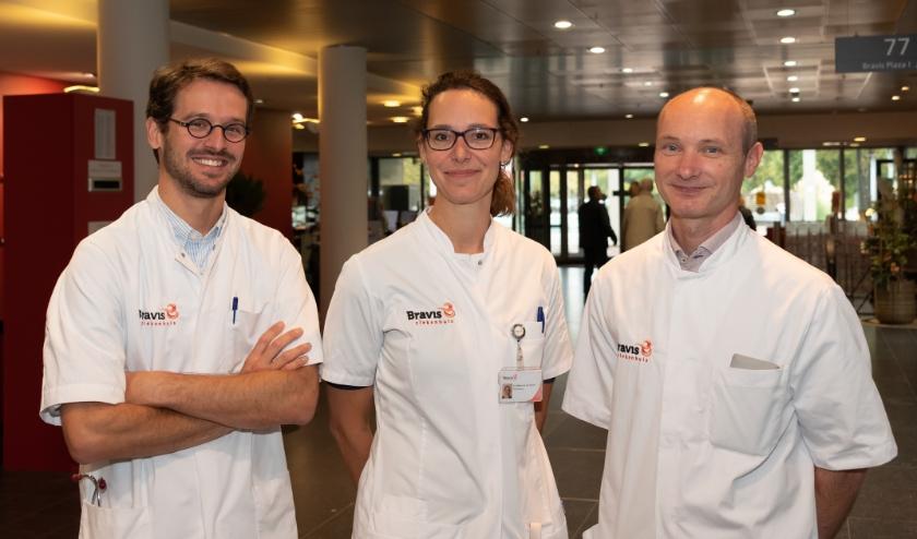 De reumatologen (v.l.n.r.): dr. J.N. Hoes, dr. D. van den Elshout-den Uijl en dr. J.L.M. Schoneveld.