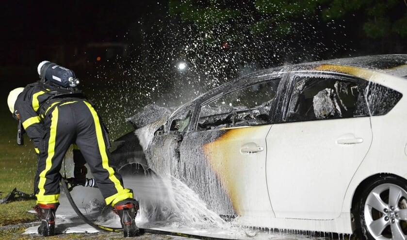 De politie kon de auto niet meer redden.