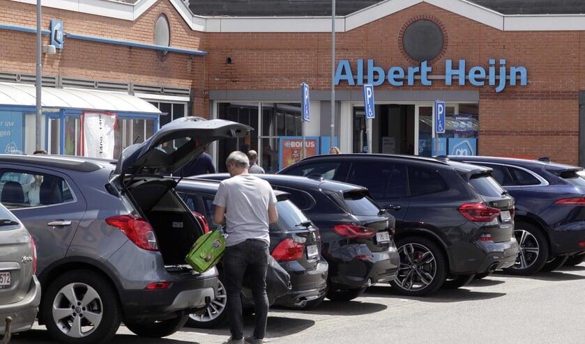 De supermarkten in Putte zijn weer open voor de Belgen in het dorp en omstreken.