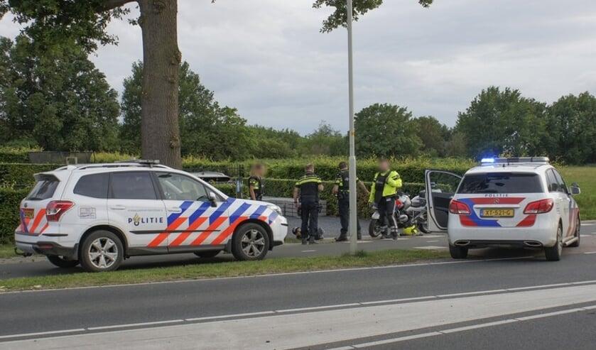 Meerdere voertuigen van de politie kwamen ter plaatse.