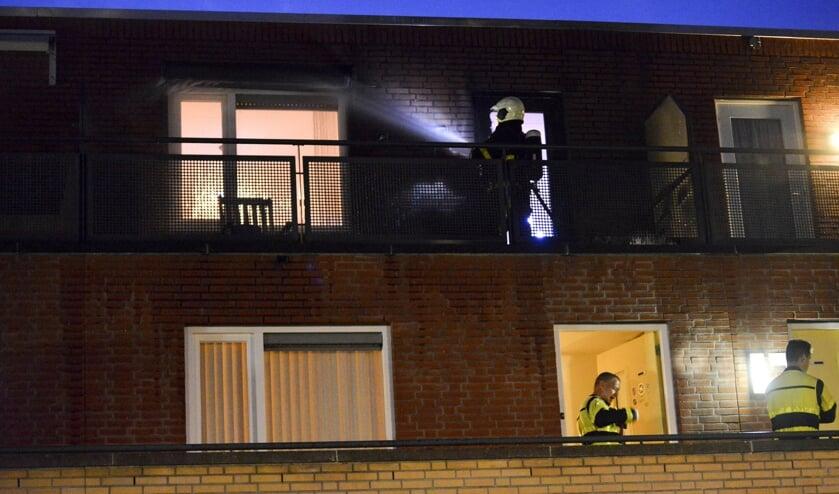 De brand was aan de achterzijde van de woning.