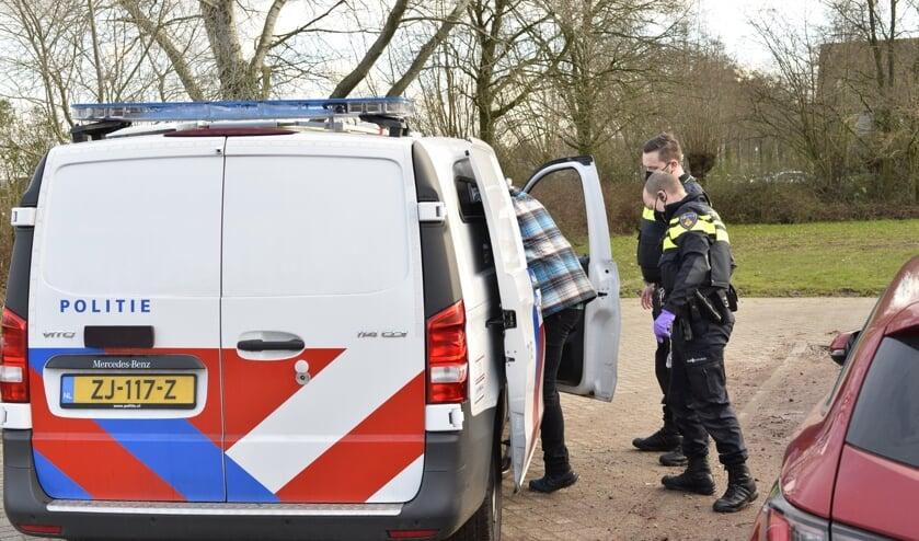 De politie heeft één persoon aangehouden.