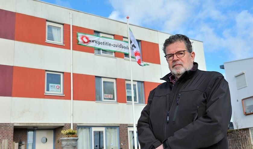 <p>Woordvoerder Mark Verhagen van het collectief Groot-Lammerenburg.</p>