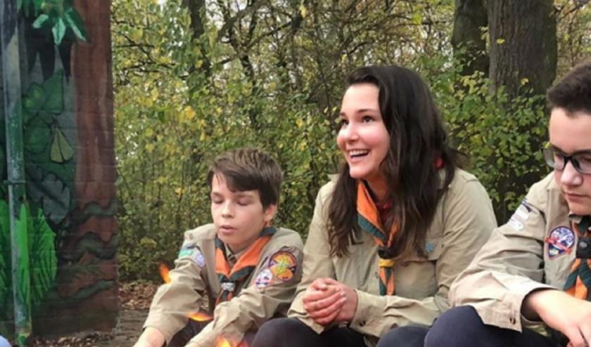 <p>Anouk Jansen tijdens haar vrijwilligerswerk bij de Scouting.</p>