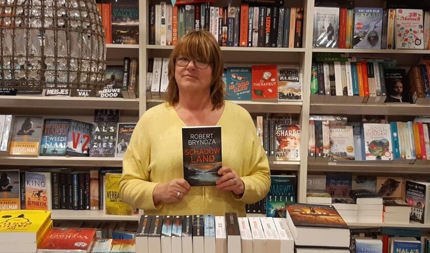 <p>Jacqueline Lamper kan het lezen van &#39;Schaduwland&#39; aanbevelen.</p>